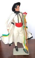 Poupée Folklorique Ancienne D'Espagne De Marque MARIN - Dolls