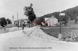 Malbuisson (Doubs) - Travaux De Voierie. Pose De Bordures De Trottoirs. Retirage D'une Photo. - France