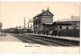BERLAIMONT LA GARE TRAIN ENTRANT TRES ANIMEE - Berlaimont