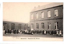 BERLAIMONT PENSIONNAT ST MICHEL POUR FILLES  TRES ANIMEE - Berlaimont