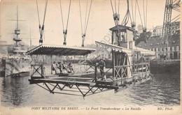 Cartolina Brest Port Militaire Pont Transbordeur La Nacelle - Cartoline