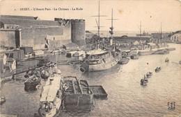 Cartolina Brest Avant Port Cahteau Et Rade - Cartoline