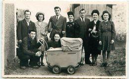 Photo Format Cpa - Groupe De Jeunes Par Roland HUMBERT à COZES 17 - Personnes Anonymes