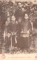ASIA Asie - VIET NAM Vietnam  ( COCHINCHINE ) Un Notable Et Sa Famille - CPA - - Vietnam