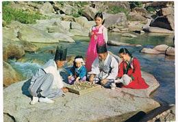 ASIA-1445   The Old Men Has A Game Of Korean CHESS - Korea, South