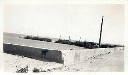 Pochette 15 Négatifs Et 3 Photos ROYAN Bombardé 1945 - War, Military