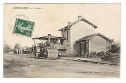 AIN  /  CONDEISSIAT  /  LA  GARE  ( Locomotive Et Bulldozer, Calèche ) /  Edit.  L. RAVIER , Cliché F. BALLET - Autres Communes