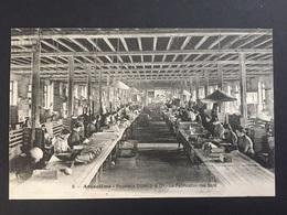 CPA ANGOULÊME PAPETERIE DUPUY LA Fabrication Des Sacs - Angouleme