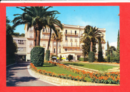 83 HYERES Centre Medical MGEN Cp Chateaubriand Vue Principale   Coll Paglieri - Hyeres