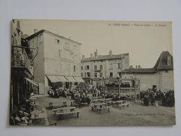 RHONE-COURS-51-PLACE DU CENTRE LE CONCERT ANIMEE ED LAUXEROIS - Cours-la-Ville