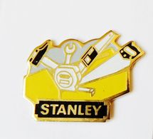 Pin's Outillage Stanley - DDP - Autres