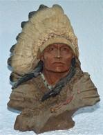 SCULPTURE BUSTE CHEF INDIEN  EN RESINE  TBE - Sculptures