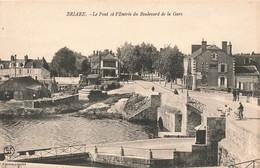 45 Briare Le Pont Et L' Entrée Du Boulevard De La Gare - Briare