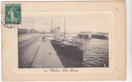 62  CALAIS - Les Quais Bateau Anglais Dover Londres - CPA N/B 9x14 BE Carte Gaufrée - Calais