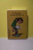 BRIQUET -FRANQUIN - Marsu  2002- Gaston Lagaffe -LE TRAVAIL CA ME DETEND ! - ( Pas De Reflet Sur L'original ) - Briquets