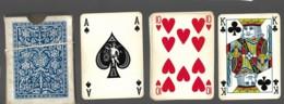 Jeu De 52 Cartes à Jouer Playing Cards Complet Pas De Jocker Dans Son étui Déchiré 2002 Ange As De Pique  13 - Cartes à Jouer Classiques