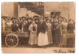 CPA 31 TOULOUSE CARTE PHOTO MARCHE COMMERCANTS 1908  RARE BELLE CARTE !! - Toulouse