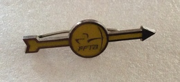 Broche Pin's Tir à L'Arc . FFTA - Archery