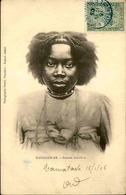 MADAGASCAR - Carte Postale - Femme Sakalave - L 29205 - Madagascar