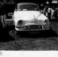 PHoto D'un Véhicule Automobile SIMCA ARONDE Immatruclé Dans Le 93 Plaque Foire à Tout De Boisgeloup Gisors - Automobiles