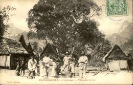 MADAGASCAR - Carte Postale - Ivorona - Pileuses De Riz - L 29221 - Madagascar