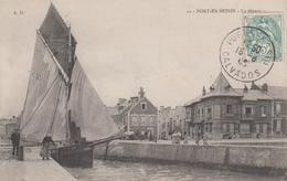 CPA Port-en-Bessin - Le Départ (jolie Animation Avec Scène De Halage) - Port-en-Bessin-Huppain