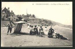 CPA Villers-sur-Mer, La Plage Et Villas Sur La Digue - Villers Sur Mer