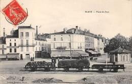 33. N°55754.blaye.place Du Port - Blaye