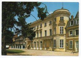 VERNEUIL SUR SEINE--Ecole Notre-Dame--Chateau De Verneuil............à Saisir - Verneuil Sur Seine