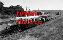Reproduction D'une Photographie Anciennede La Micheline Automotrice Sur Rail En 1931 - Riproduzioni