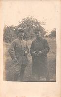 MILITARIA  -  Carte Photo De 2 Soldats Du 118 éme Regiment De QUIMPER ( Campagne De 1915 ) - Uniformes