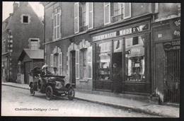 45, Chatillon Coligny, Automobile Devant La Pharmacie Moderne - Chatillon Coligny