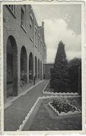 """Vlimmeren.   -   Schoolvilla   """"Madona""""   -   (Krasjes Voorzijde)   1972   Naar   Evergem - Beerse"""
