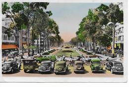 VIETNAM  Saigon ( Sud Viet - Nam) Emplacement Devant Le Théatre Municipal Et Au Delà , Boulevard Bonard. - Viêt-Nam