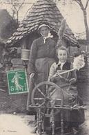 91. SAVIGNY SUR ORGE ( A DESTINATION DE). CPA.  METIERS.  FILEUSES. ANNÉE 1908 - Artisanat