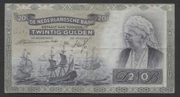 Netherlands  20 Gulden 09-07-1939 - 26-9-1945  NO: HV 085333  - See The 2 Scans For Condition.(Originalscan ) - 20 Gulden