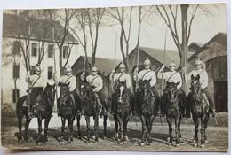 Superbe Carte Photo 7 Soldats Lanciers Cavaliers Cuirassiers Chastel Plancoët - Uniformes