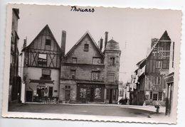 THOUARS--Place St Médard Et Rue Du Chateau ( Commerces --Wurtz- ) ..........à Saisir - Thouars