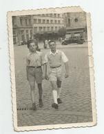 Men Walking In Sofia Rg665-182 - Persone Anonimi