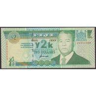 TWN - FIJI ISLANDS 102a - 2 Dollars 2000 Prefix 2K - Signature: Kubuabola UNC - Fiji