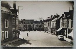 La Suze(Sarthe)-Place Du Marché-1960 - La Suze Sur Sarthe