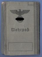 RRR! WEHRPASS 1940 - Mehrere Eintragungen Und Stempel, 52 Seiten, Gebrauchsspuren - Documents