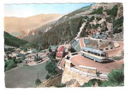 Tende (06 - Alpes Maritimes)  Autocar Dans Les Lacets Du Col De Tende - Cachet Frontière France - Italie - Autres Communes