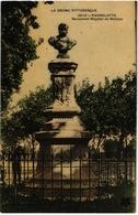 CPA  26 PIERRELATTE - VUE DU  MONUMENT DEDIE A MAGDIER DE MONTJAU ( NOEL MADIER DE MONTJAU)- HOMME POLITIQUE ET AVOCAT - Autres Communes