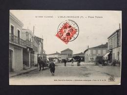 CPA GERS L'ISLE-JOURDAIN PLACE THIERS - Autres Communes