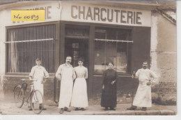 CRILLON : Devanture Du Boucher - Charcutier DELARCHE -  Superbe Carte Photo ! Commerce - Sonstige Gemeinden