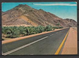 SAUDI ARABIA POSTCARD , VIEW CARD  MADINA ROAD NEAR BADR - Saudi Arabia