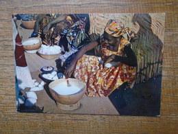 Afrique , Femme Africaine - Cartes Postales