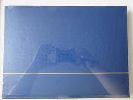 Ney006 NIEUW A4 LEUCHTTURM ALBUM KLEUR BLAUW / BLUE MET 32 ZWARTE BLADEN / 32 BLACK PAGES - Albums & Bindwerk