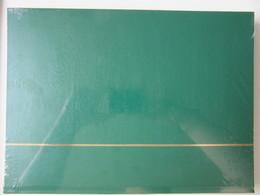 Ney005 NIEUW A4 LEUCHTTURM ALBUM KLEUR GROEN / GREEN MET 32 ZWARTE BLADEN / 32 BLACK PAGES - Albums & Bindwerk